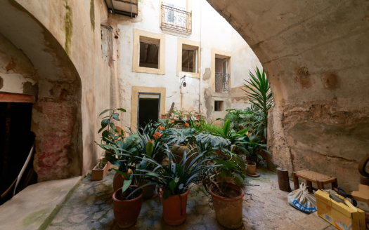 932 Investment townhouse Palma 6