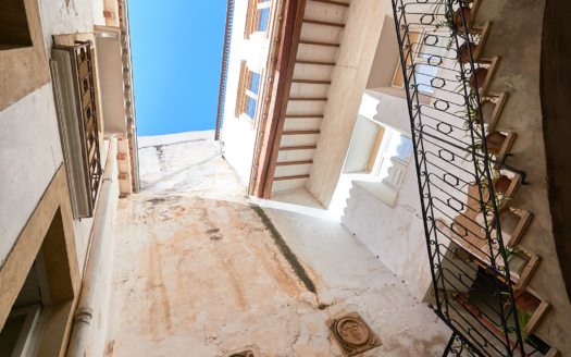 932 Investment townhouse Palma 8