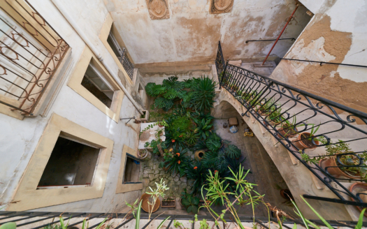 932 Investment townhouse Palma 13